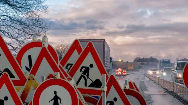 Oprava chodníka Poniklecova ulica